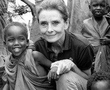 audrey-hepburn-1992-somalia---Unicef